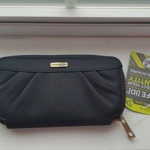 Travelon Black Wallet